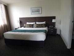 Main_Bedroom_Clifton_Suites_on_Northbourne_Canberra