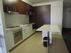 Kitchen_Clifton_Suites_on_Northbourne